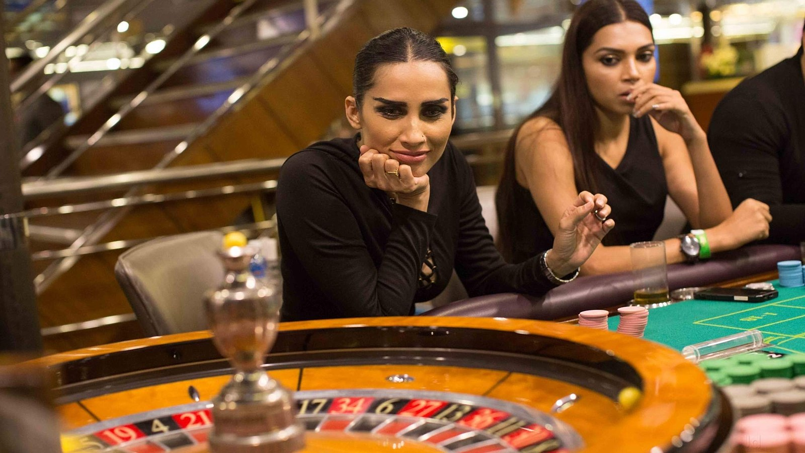 Hire a casino table accommodation wrest point casino hobart